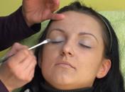 Jak wykonać makijaż pod okulary dla dalekowidza