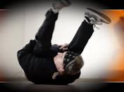 Jak wykonać backspin w breakdance