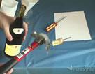 Jak wyciągnąć korek bez korkociągu