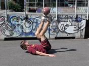 Jak wykonać trik rowerek w freestyle football