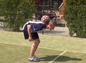 Jak nauczyć się łapać piłkę na kark