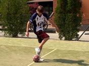 Jak podbijać piłkę na trzy różne sposoby