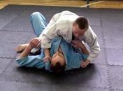 Jak uwalniać się z różnych pozycji w brazylijskim jiu-jitsu 2/2