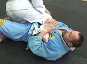 Jak zakładać dźwignie na nogi w brazylijskim jiu-jitsu