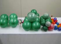 Jak zrobić choinkę z balonów