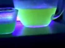 Jak zrobić świecącą galaretkę