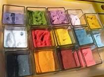 Jak zrobić kolorową sól do dekoracji