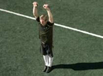 Jak zwiększyć siłę w piłce nożnej #2 - rozciąganie jednorącz