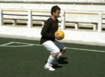 Jak zwiększyć siłę w piłce nożnej #3 - przysiad z piłką lekarską