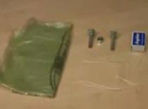 Jak zrobić petardę z dwóch śrub i zapałek