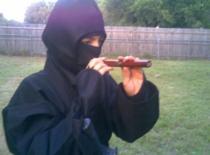 Jak zrobić dmuchawki Ninja - do strzelania i oddychania pod wodą
