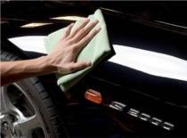 Jak samodzielnie przywrócić blask karoserii Twojego auta