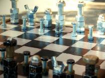 Jak zrobić szachy z metalu