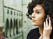 Jak rozpoznawać piosenki za pomocą telefonu Sony Ericsson