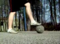 Jak wykonywać triki Ground - przeskoki i podbicia #2