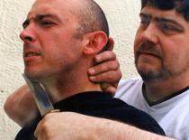 Jak bronić się przed atakiem nożem
