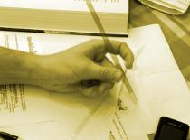 Jak obracać długopisem między dwoma palcami