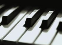 """Jak zagrać """"Dead and Gone"""" na pianinie"""
