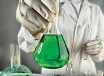 Jak przeprowadzić reakcję spalania miedzi w gazowym chlorze