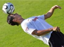 Jak żonglować piłką do nogi