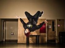 Jak zrobić salto w tył - backflip w miejscu
