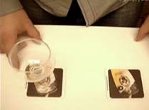 Jak wykonać zakład z kulką i szklanką