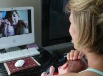 Jak pokazać komuś film z komputera przez Skype