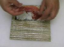 Jak zrobić Uramaki - sushi z szynką parmeńską i kozim serem