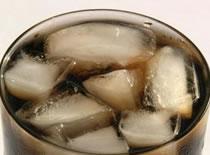 Jak leczyć mdłości, bóle żołądka i biegunkę za pomocą ... Coli