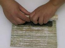 Jak zrobić uramaki z szynką parmeńską i kozim serem (druga wersja)