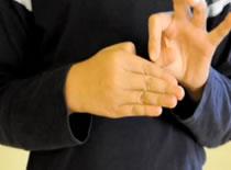 Jak wykonać sztuczkę z uciętym kciukiem