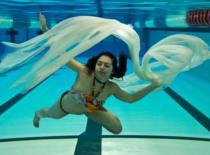 Jak nagrać film komórką ... pod wodą