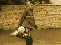 Jak wykonywać tricki piłkarskie część 1