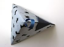 Jak zrobić diamentowy trójkąt z papieru