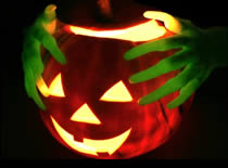 Jak zrobić podświetlaną dynię na Halloween