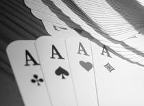 Jak wykonać sztuczkę z dopasowaniem osób przez karty