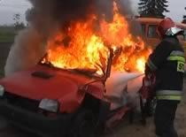 Jak ugasić pożar samochodu