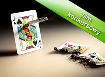 """Jak wykonać iluzję """"Papieros przez kartę"""""""