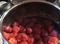 Jak zrobić dżem truskawkowy