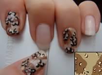 Jak zrobić manicure w stylu Desert Camo (Pustynny kamuflaż)