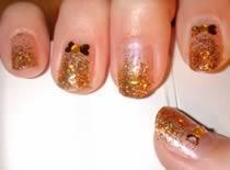 Jak zrobić złote kokardki na paznokciach