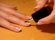 Jak zrobić French manicure