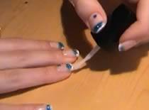 Jak zrobić turkusowe zdobienie paznokci