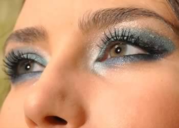 Jak zrobić makijaż turkusowy