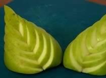"""Jak wykonać ozdobę z jabłka - """"Liść paproci"""""""