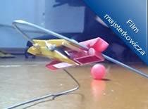 Jak zrobić katapultę z drutu i klamerek
