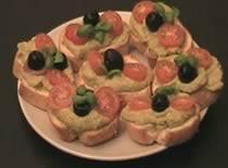 Jak zrobić kanapeczki z pastą z avocado i groszku
