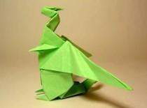Jak zrobić smoka ze skrzydłami z papieru