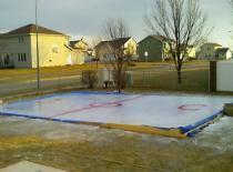 Jak zrobić lodowisko na podwórku