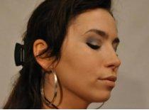 Jak zrobić makijaż grafitowy do pracy i do szkoły